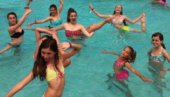 activities_swimming